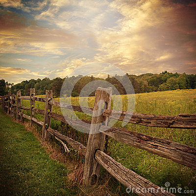 Free Wooden Fence With Clouds In Country Background Stock Photography - 60953272