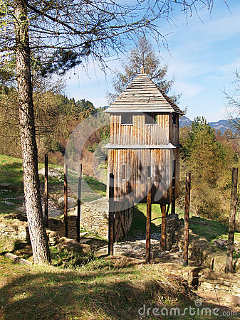 Free Wooden Fortification Tower In Havranok Stock Photos - 26874593