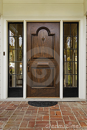 Free Wooden Front Door Stock Image - 19921741