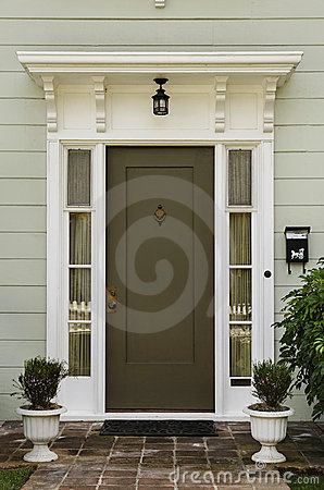 Free Wooden Front Door Royalty Free Stock Photo - 19921785
