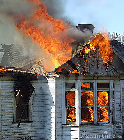 Free Wooden House On Fire Stock Images - 6839314