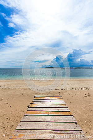 Free Wooden Jetty Royalty Free Stock Images - 29831619