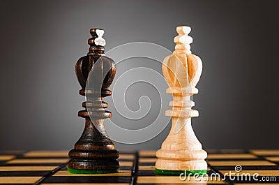 Wooden kings