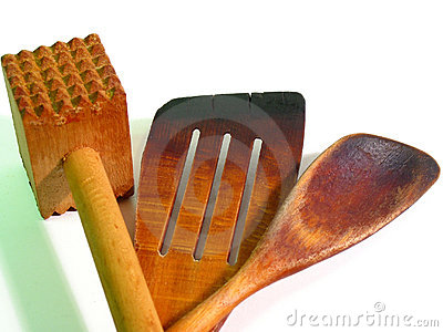Wooden kitchen tools (close-up)