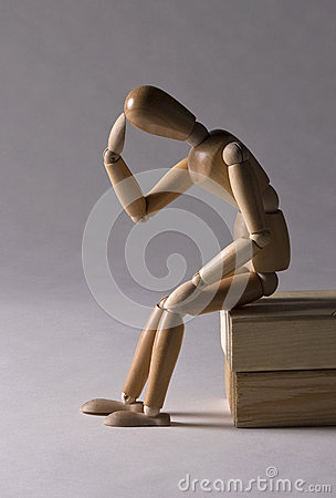 Free Wooden Mannequin In Thinking Pose Royalty Free Stock Photos - 27952388