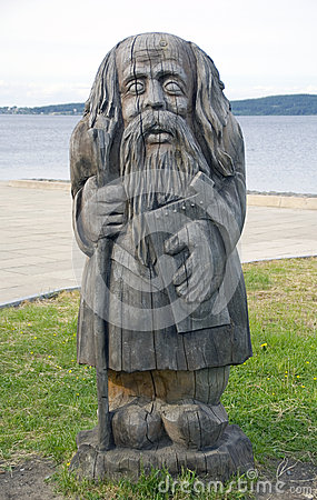 Wooden pagan idol