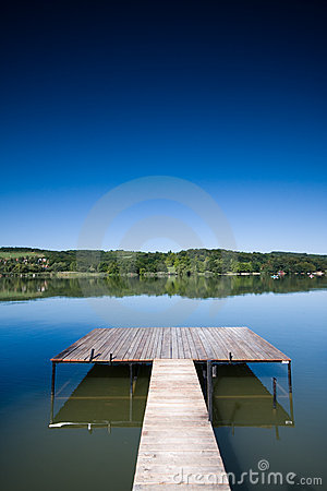 Free Wooden Pier Royalty Free Stock Images - 6078639