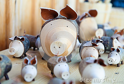 Wooden pigs