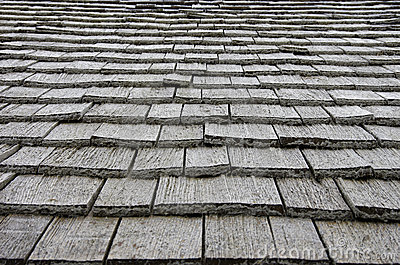 Wooden plates on roof