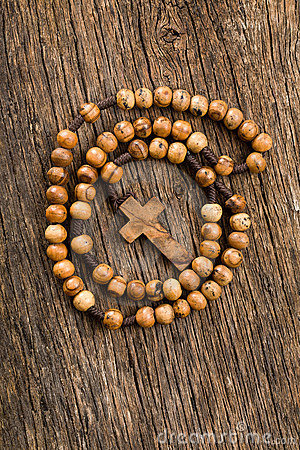 Free Wooden Rosary Beads Royalty Free Stock Photography - 22262007