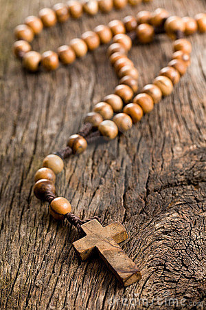Free Wooden Rosary Beads Royalty Free Stock Images - 22262019