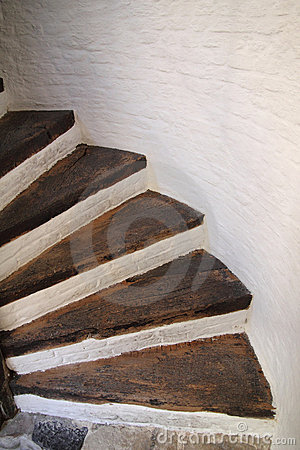Free Wooden Spiral Stairs Royalty Free Stock Images - 19437359