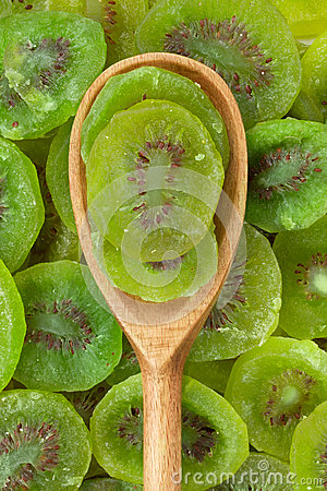 Wooden spoon with dried kiwi