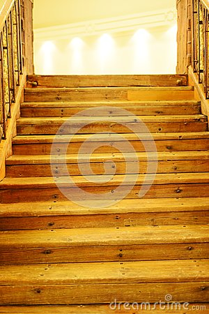 Free Wooden Steps To Light Royalty Free Stock Image - 29123096