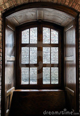 Free Wooden Window Royalty Free Stock Photos - 24164118