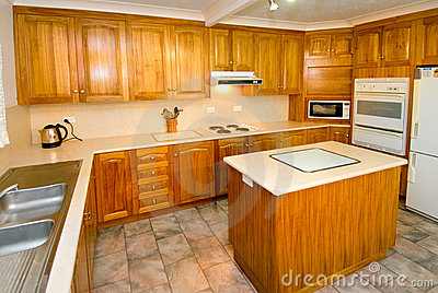 Woodgrain kitchen