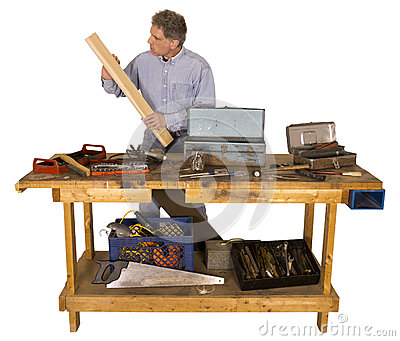 Woodworking, активный человек с хобби как разнорабочий