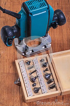 Free Woodworking Tools  Set Of Roundover Router Bits In Box And Plun Stock Photos - 44311913