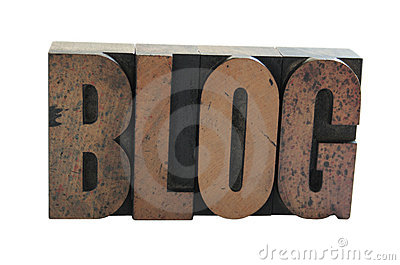 The word  BLOG  in wood letter
