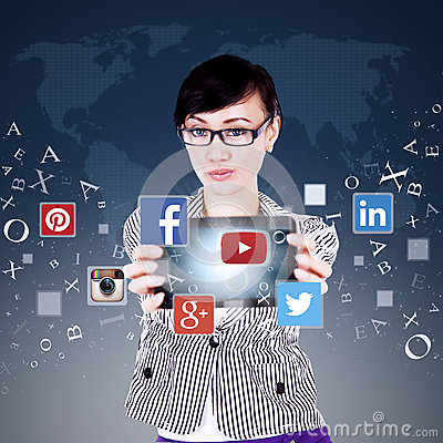 Free Worker Showing Tablet With Social Network Icon Stock Images - 60015934