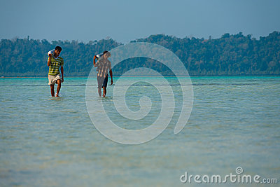 Workers Carry Diving Oxygen Tank Havelock Tourism Editorial Photo
