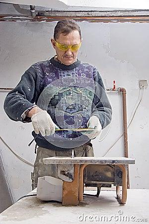 Workman measuring