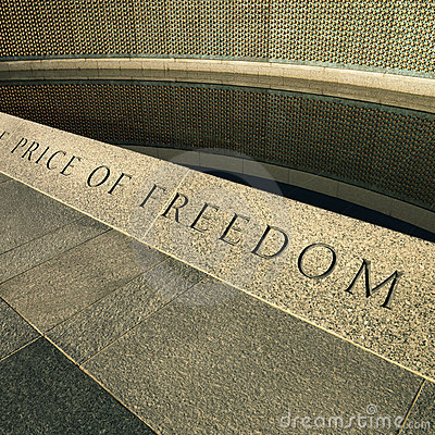 Free World War II Memorial Royalty Free Stock Photography - 2046617