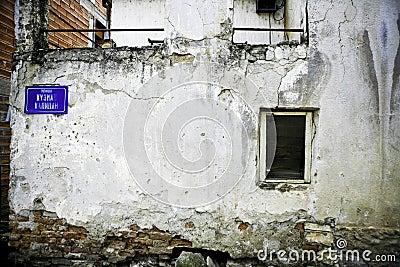 Worn wall