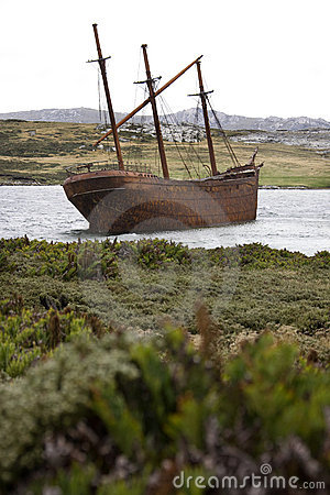 Wreck of the Lady Elizabeth - Falklands