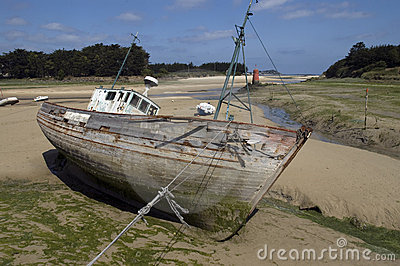 Wrecked ships in Brittany