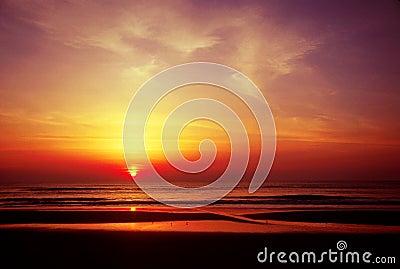 Wschód słońca oceanu