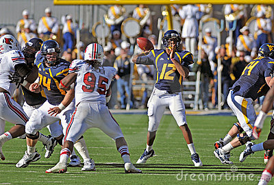 WVU quarterback Geno Smith - pass Editorial Photo