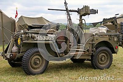 wwii-jeep-857707.jpg