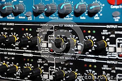 Wyposażenia medialny nagrania dźwięk