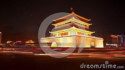 XI'AN, CINA - 12 aprile 2013: Lasso di tempo del campanile di Xi'an video d archivio