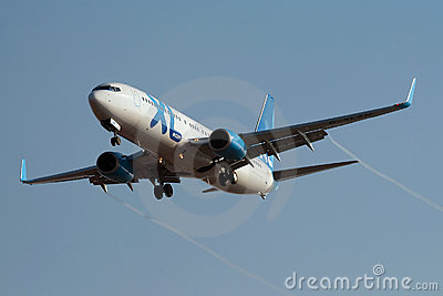 XL Airways Boeing 737-800 approaching Rwy Editorial Photo