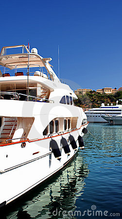 Free Yacht Royalty Free Stock Images - 9763309