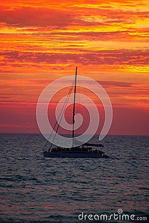 Free Yacht At Sunset Stock Image - 8170731