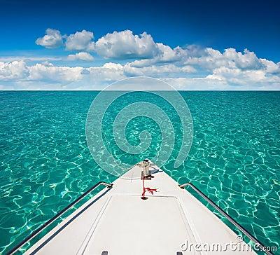 Free Yacht Boats Royalty Free Stock Photo - 49903625