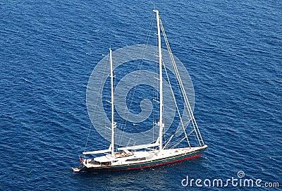 Yacht cruising in the ocean