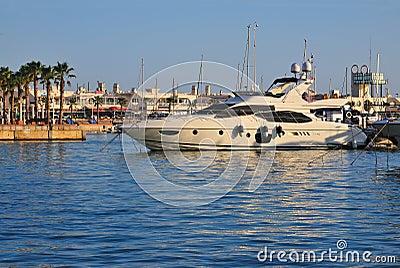 Yacht am Hafen