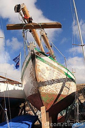 Free Yacht In Dry Dock Stock Photography - 4951562