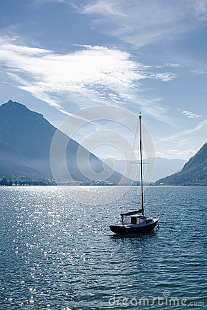 Free Yacht On Lake Royalty Free Stock Photo - 29409055
