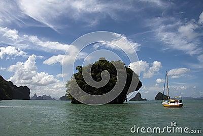 Yacht Phang Nga Bay