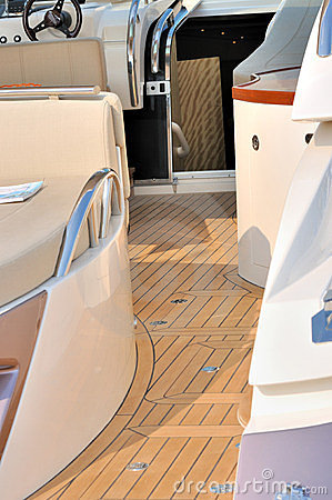Yacht setup and aisle