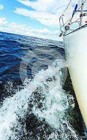 Free Yachting On Sail Boat Bow Stern Shot Splashing Water Stock Photos - 134502333