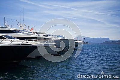 Yachts bows