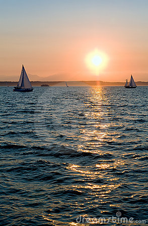 Free Yachts Sailing At Sunset Stock Photos - 6129833