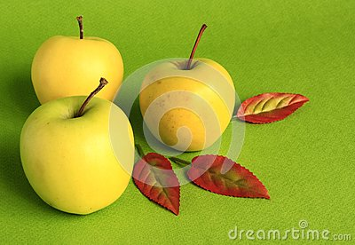 Yellow apples.