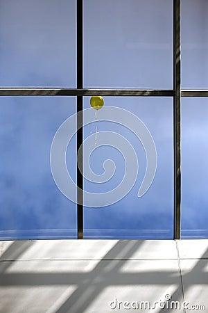 Free Yellow Balloon Royalty Free Stock Photos - 4645348